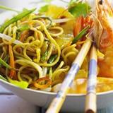wok-nouilles-legumes-ananas-crevettes